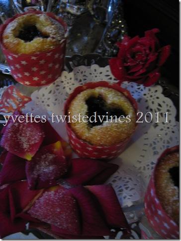 cupcake valentines 007