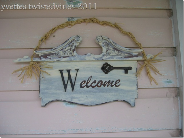 welcome sign 003