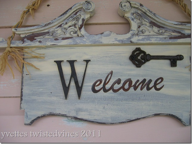welcome sign 005