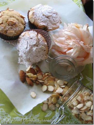 almond cupcakes 011