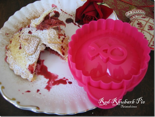 red rhubarb pie5